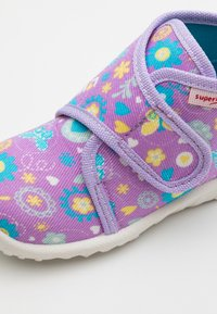 Superfit - SPOTTY - Chaussons - lila - 5