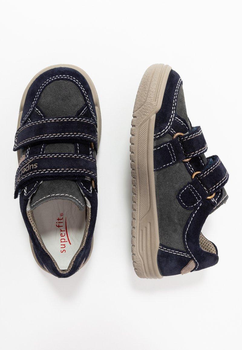 Superfit - EARTH - Chaussures à scratch - blau/beige
