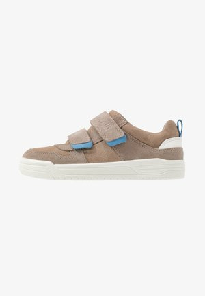 EARTH  - Trainers - beige