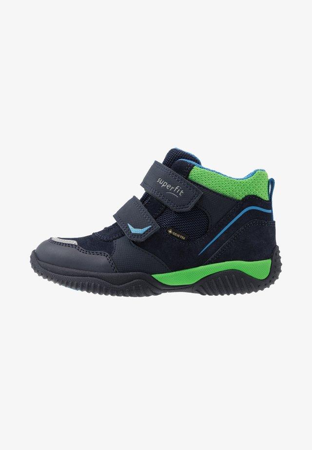 STORM - Støvletter - blau/grün