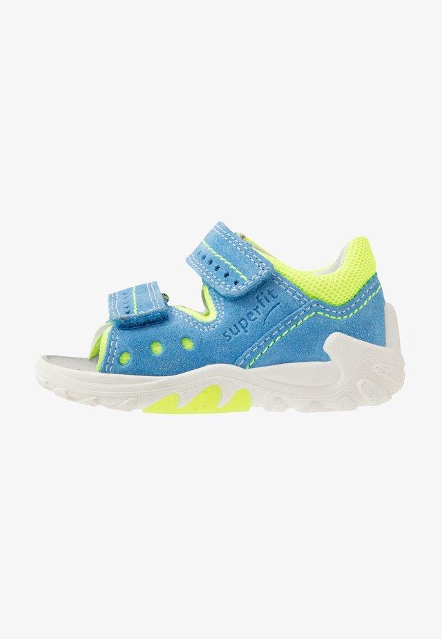 FLOW - Sandaalit nilkkaremmillä - blau