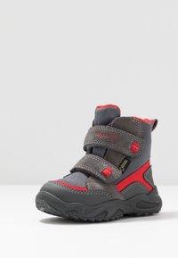 Superfit - GLACIER - Zimní obuv - grau/rot - 2
