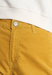 Lee - WIDE LEG - Trousers - harvest gold - 3