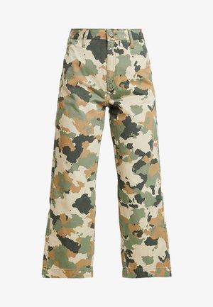 WIDE LEG - Flared Jeans - green/beige