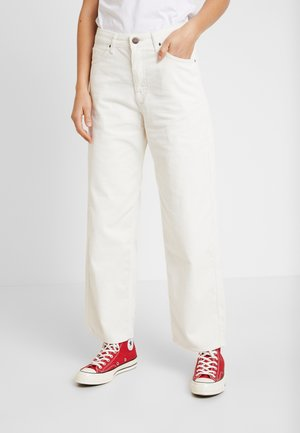 5 POCKET WIDE LEG - Trousers - off white