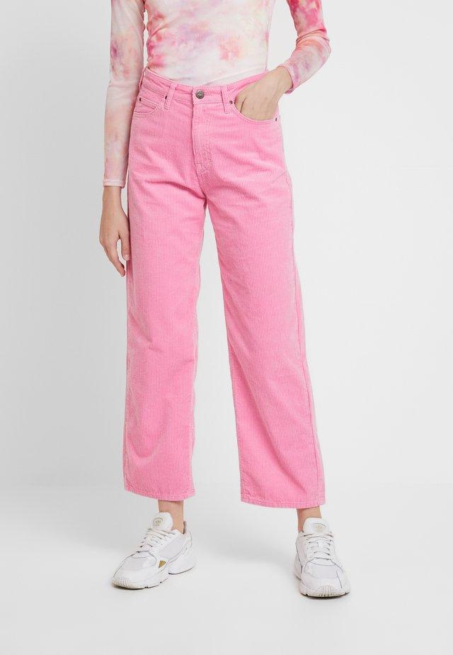 5 POCKET WIDE LEG - Kalhoty - cameo pink