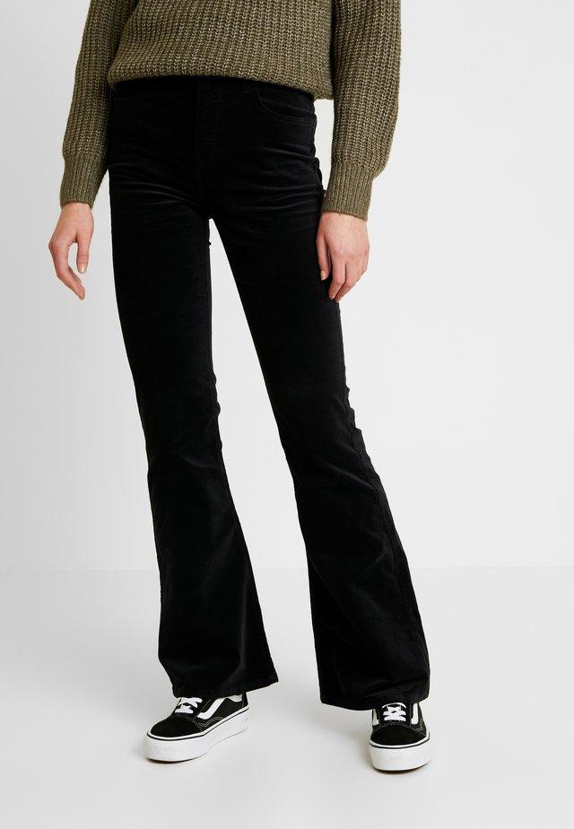 BREESE - Pantaloni - black