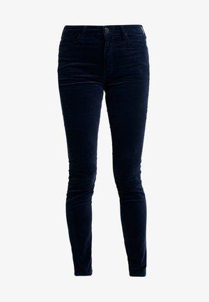 SCARLETT HIGH - Pantalones - midnight velvet