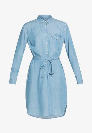 ESSENTIAL DRESS - Skjortekjole - summer blue