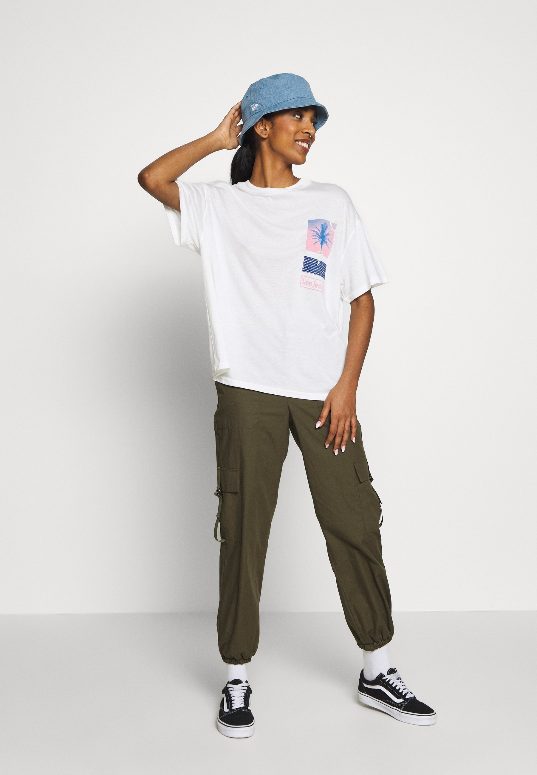 Lee OVERSIZED TEE - T-shirt con stampa - ecru