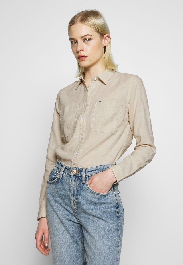 2 POCKET WORK SHIRT - Button-down blouse - ecru