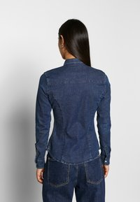 Lee - SLIM WESTERN - Overhemdblouse - washed blue - 2