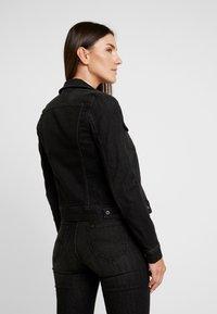 Lee - SLIM RIDER - Denim jacket - black orrick - 2