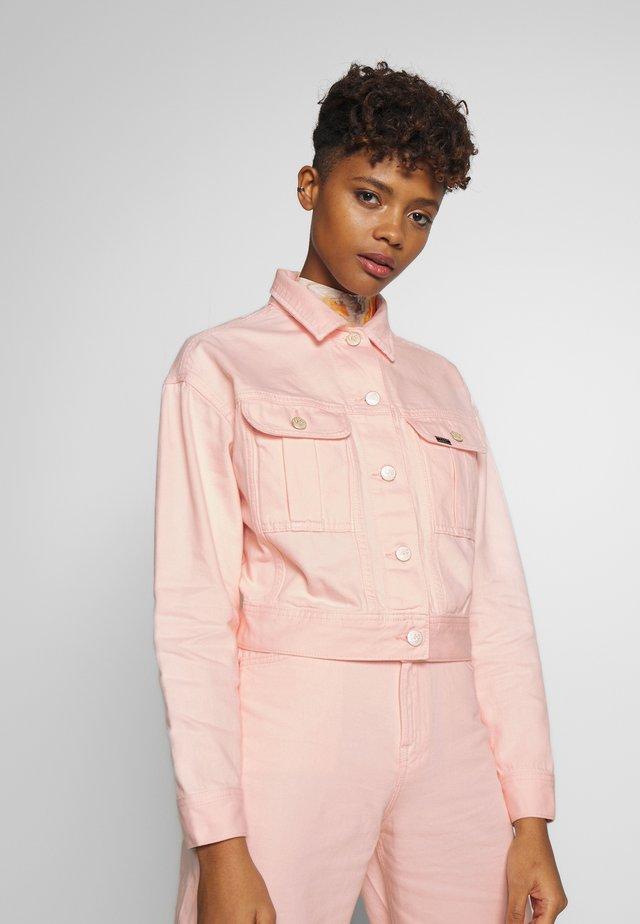 CROPPED JACKET - Kurtka jeansowa - crystal pink