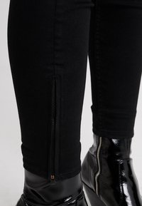Lee - SCARLETT CROPPED - Jeans Skinny Fit - black rinse - 3