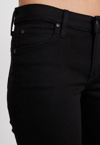 Lee - SCARLETT CROPPED - Jeans Skinny Fit - black rinse - 6