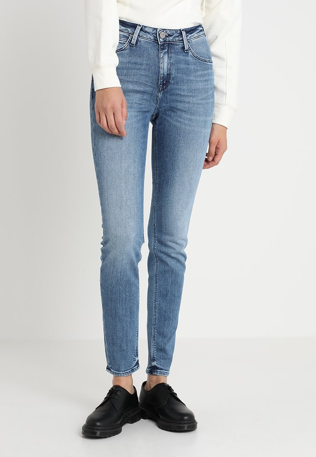 SCARLETT HIGH - Jeansy Skinny Fit - stone blue denim
