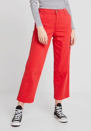 WIDE LEG - Flared jeans - chinese red