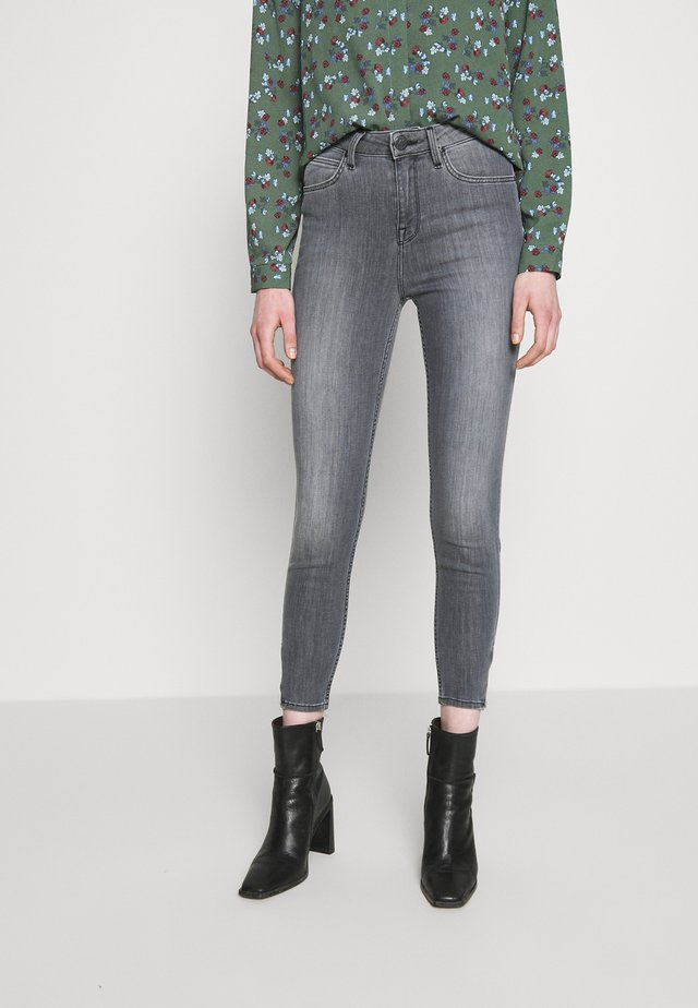 SCARLETT HIGH ZIP - Skinny džíny - new grey