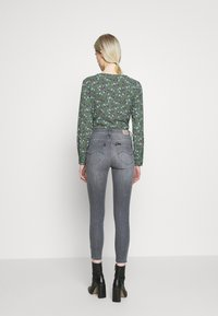 Lee - SCARLETT HIGH ZIP - Jeansy Skinny Fit - new grey - 2