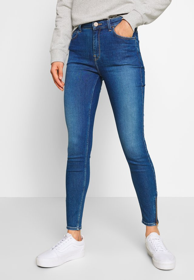 SCARLETT HIGH ZIP - Jeansy Skinny Fit - mid candy