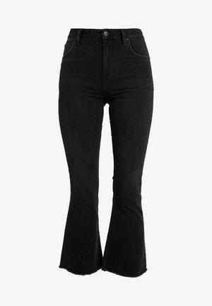 KICKED FLARE - Široké džíny - raw destin