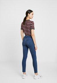 Lee - SCARLETT BODY OPTIX - Jeans Skinny Fit - blue lux - 2