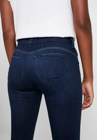 Lee - SCARLETT BODY OPTIX - Jeans Skinny Fit - after night - 5