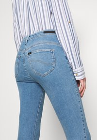 Lee - SCARLETT SUPER HIGH BODY - Jeans Skinny Fit - brighton rock - 5