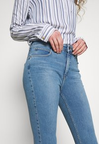 Lee - SCARLETT SUPER HIGH BODY - Jeans Skinny Fit - brighton rock