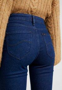 Lee - Jeans a zampa - clean say - 5