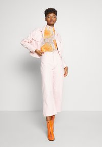 Lee - WIDE LEG - Relaxed fit jeans - crystal pink - 1