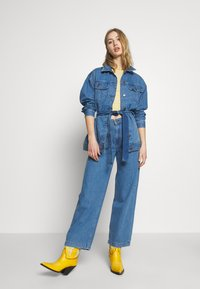 Lee - WIDE LEG - Relaxed fit jeans - light drape - 1