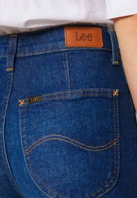 Lee - A LINE - Flared Jeans - dark garner - 5