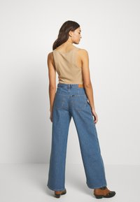 Lee - A LINE - Flared Jeans - clean rosewood - 2