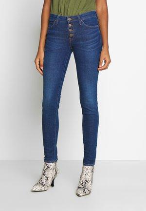 SCARLETT BUTTONS - Jeans Skinny Fit - dark blue denim
