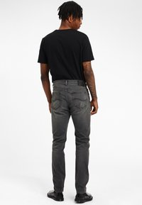 Lee - RIDER - Jeans slim fit - moto worn in - 2