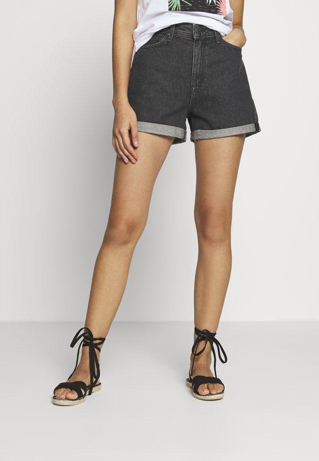 MOM - Szorty jeansowe - scarbro black