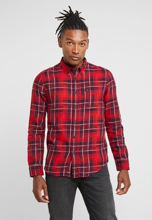 BUTTON DOWN - Overhemd - warp red