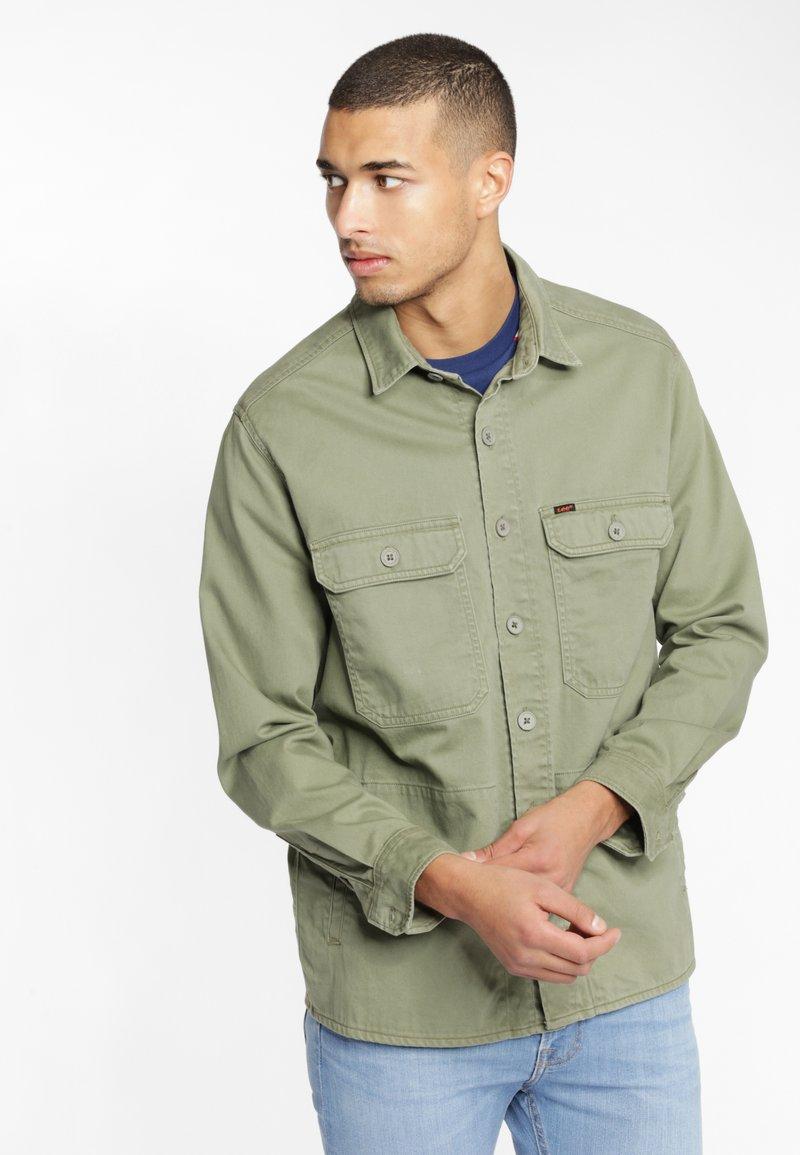 Lee - WORKWEAR - Shirt - lichen green