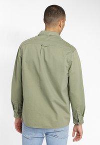 Lee - WORKWEAR - Shirt - lichen green - 2