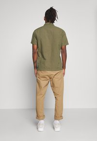 Lee - WORKER - Camicia - utility green - 2