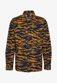 Lee - SEASONAL OVERSHIRT - Overhemd - washed blue - 5