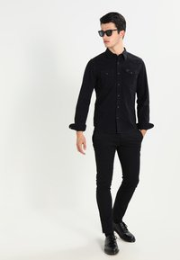 Lee - WESTERN SLIM FIT - Koszula - black - 1