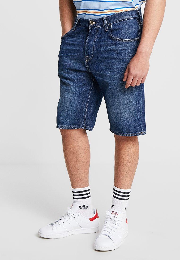 Lee - 5 POCKET - Denim shorts - dark-blue denim