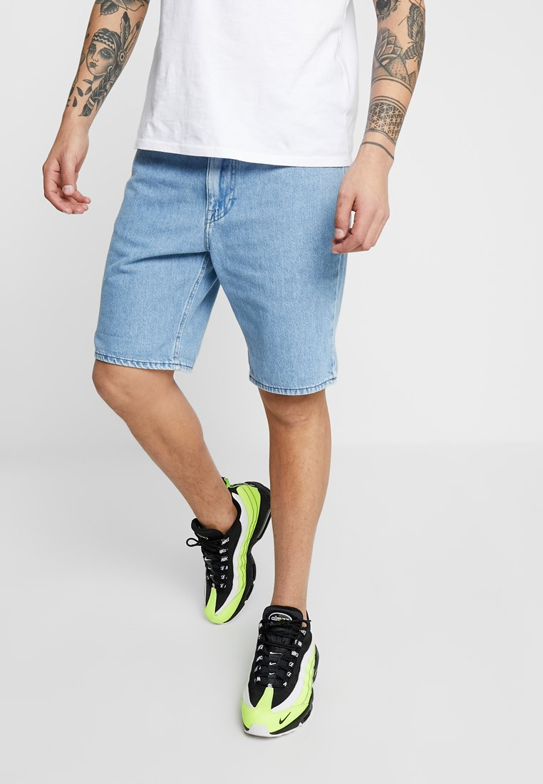 Lee - PIPES - Jeans Shorts - tac