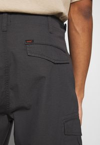 Lee - FATIQUE  - Shorts - steel grey - 5