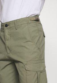 Lee - FATIQUE  - Shorts - lichen green - 4