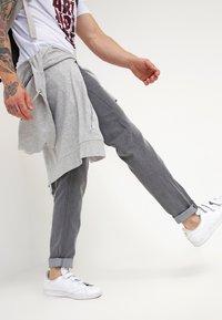 Lee - DAREN  - Džíny Straight Fit - storm grey - 3