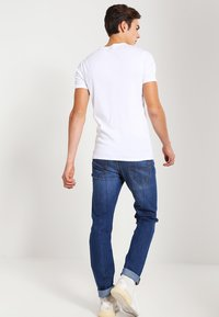 Lee - DAREN ZIP - Jeans straight leg - true blue - 2